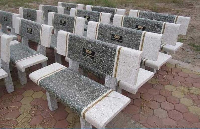ghế đá công viên giá bao nhiêu tiền