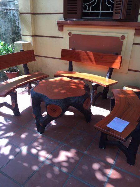 bộ bàn ghế đá giả gỗ mlg32