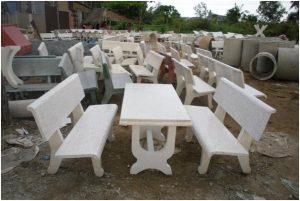 Bộ bàn ghế đá có giá bao nhiêu?
