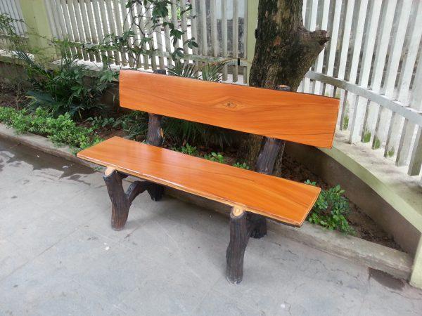 mua ghế đá giả gỗ ở đâu