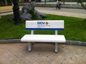 ghế đá in logo theo yêu cầu