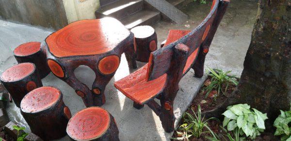 bàn ghế giả gỗ đen t5