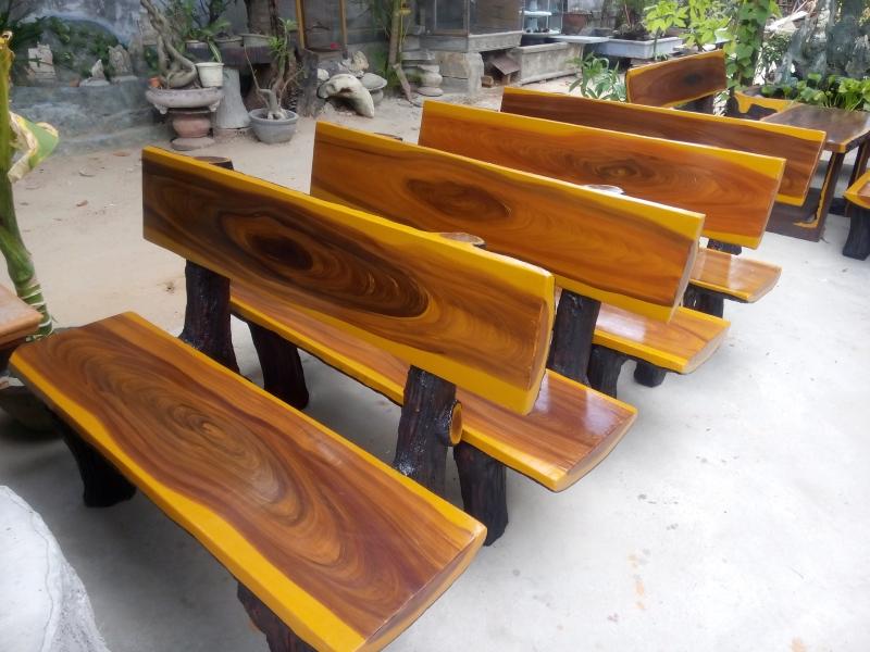 ghế đá gỗ