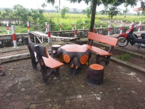 bàn ghế gốc cây giả gỗ