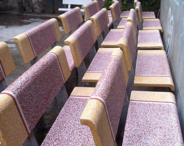 ghế đá granito ngoài trời 1