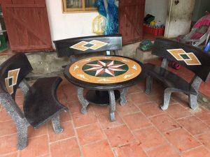bàn ghế đá granito cong
