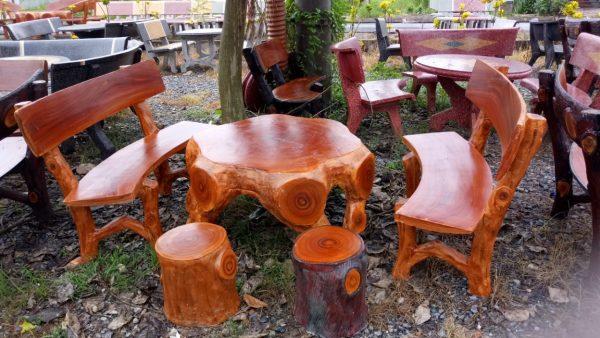 bàn ghế đá lũa