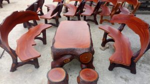 bàn ghế đá giả gỗ 350