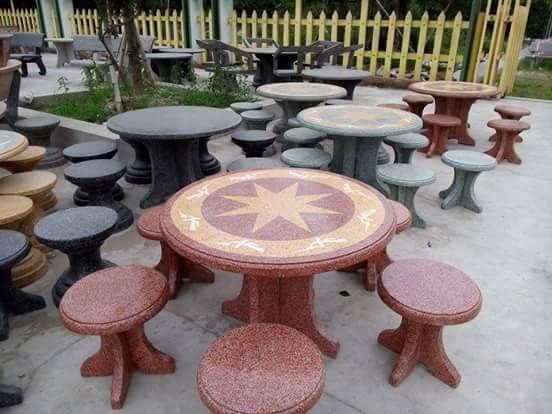 bàn ghế đá tròn không tựa