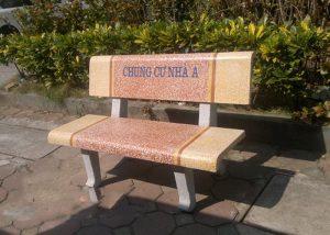ghế đá granito ngoài trời