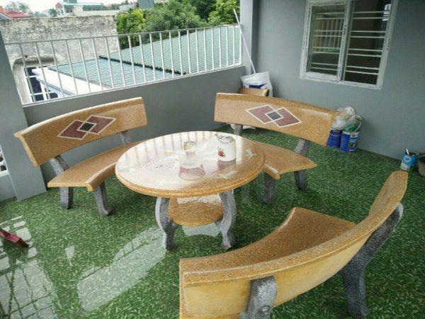 lựa chọn vị trí đặt bộ bàn ghế đá