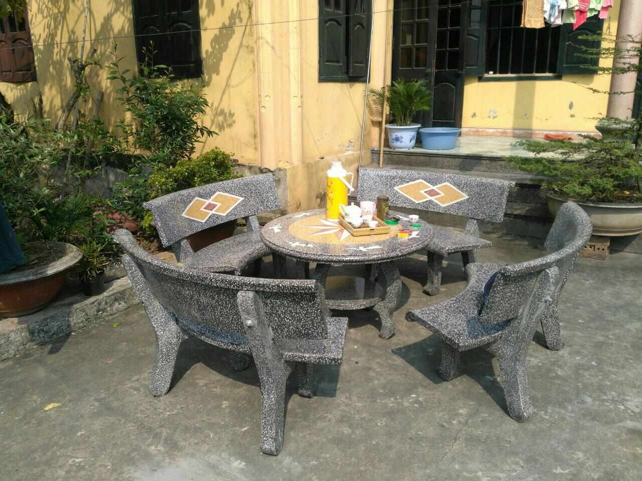 bàn ghế đá sân vườn đẹp miền bắc