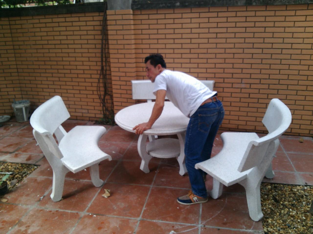 bộ bàn ghế sân vườn cong