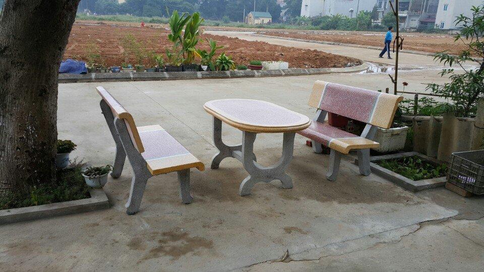 bàn ghế đá granito 213