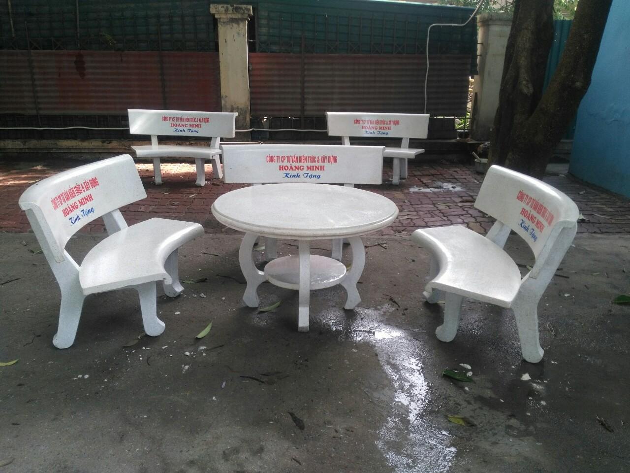bàn ghế giả gỗ nj9