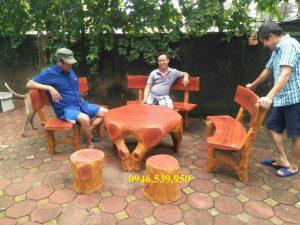 bàn ghế giả gỗ nj8
