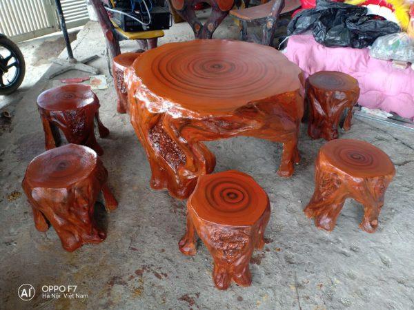 bàn ghế giả gỗ d4