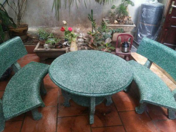 bàn ghế đá đẹp ngoài trời 4