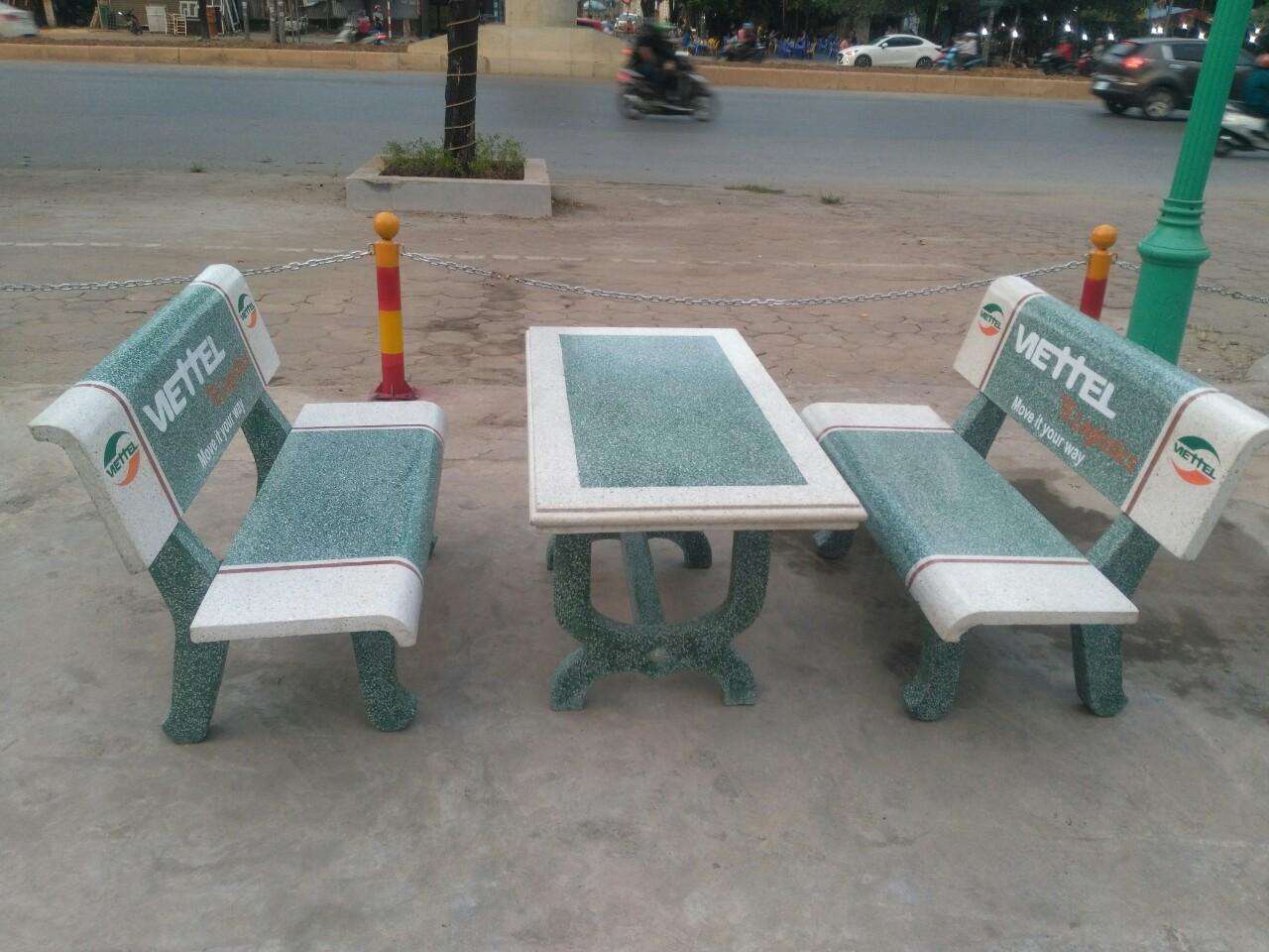 phân phối bàn ghế đá nam định