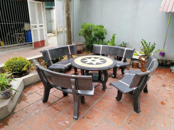 giá bàn ghế đá sân vườn