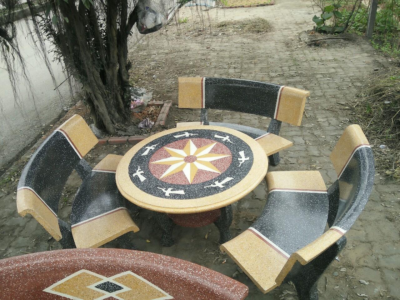 bàn ghế granito cong