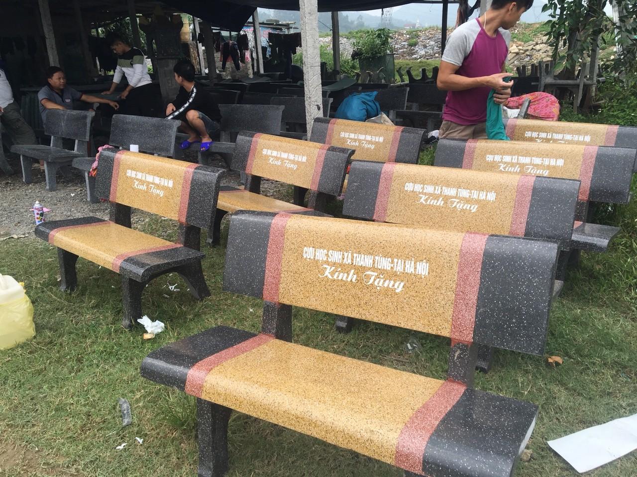bàn ghế đá nghệ an