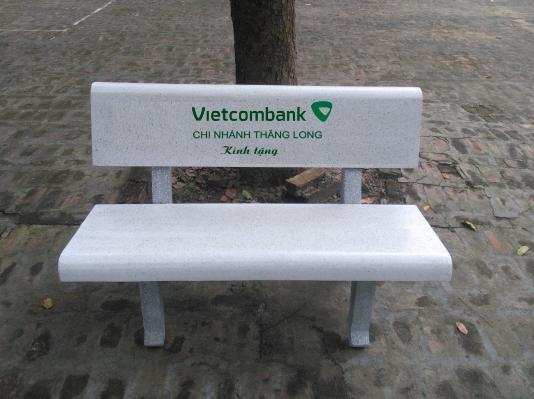 ghế đá vietcombank